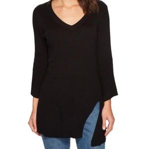 Splendid Asymmetric V-Neck Pullover Sweater S A870